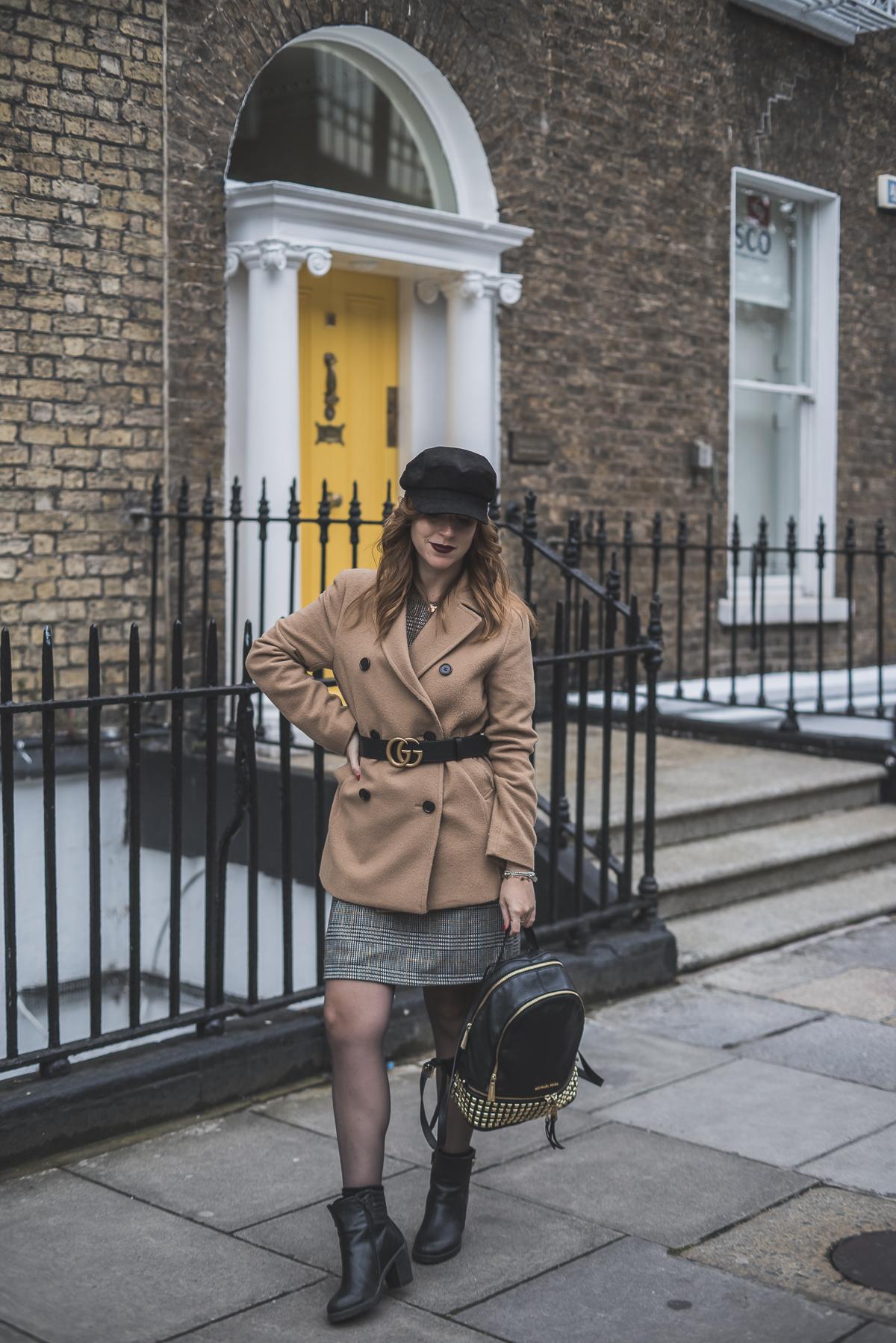 0937e6ecccf ... Tartan dress and bakery - vestito tartan e cappello da capitano ...